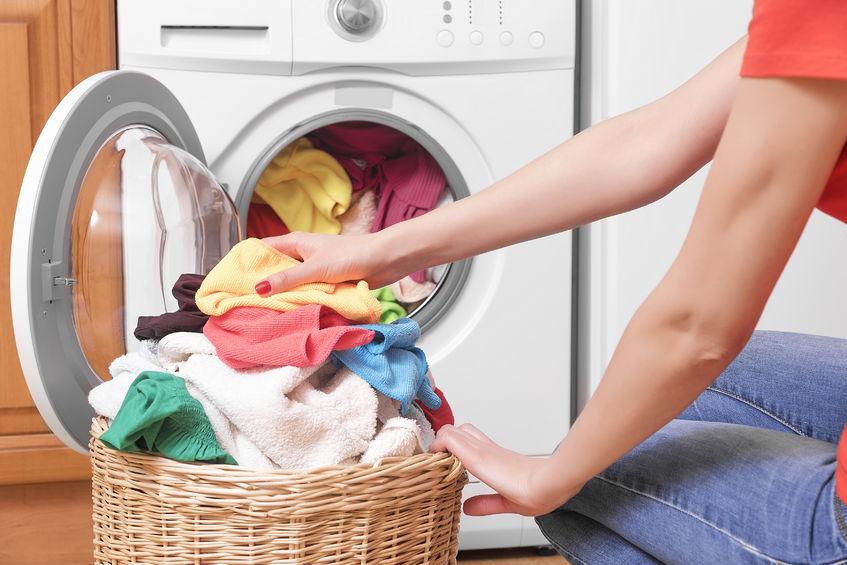 Waschmaschine reinigen - Vorgehensweise gegen Schimmel & Co.