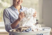 Heidelbeerflecken aus Kleidung entfernen