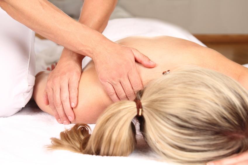 nackenmassage bei knirschen
