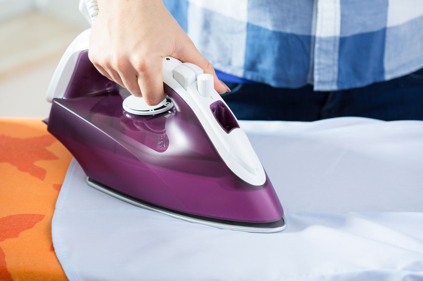 reinigung eines bügeleisens
