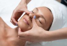 massage gegen tränensäcke