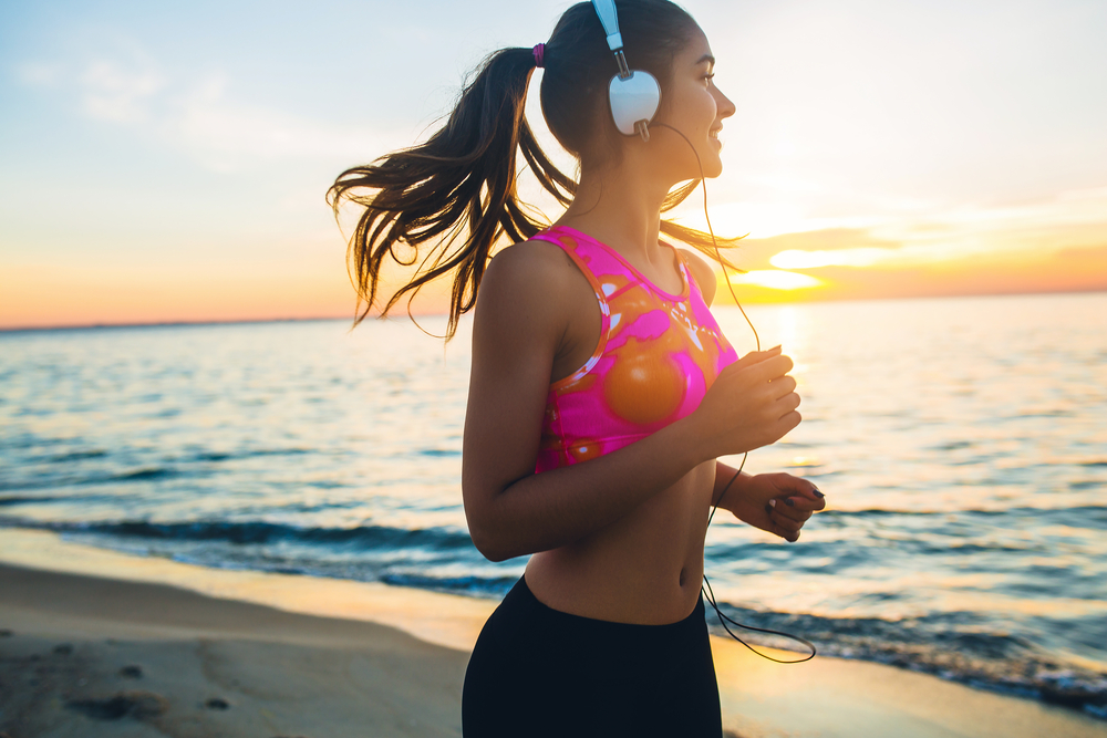 joggen am strand von cervia