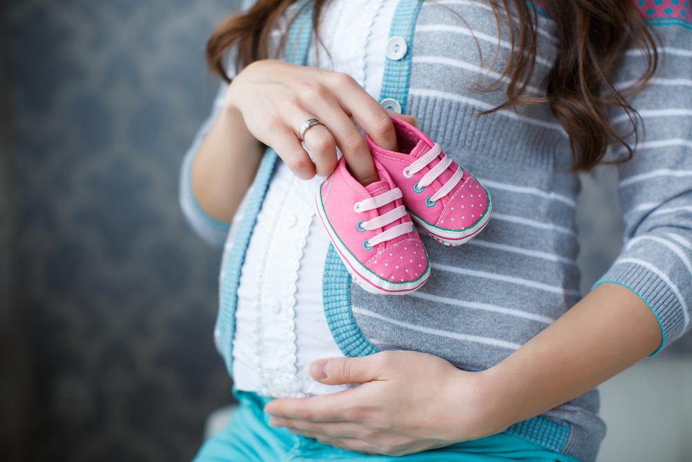schwangere frau mitte 40